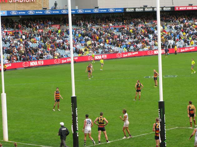 All on eyes on Chris Mayne's last kick of the game. It didn't trouble the scoreboard attendants and didn't worry the Dockers.
