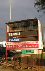 WillungaSmallVert