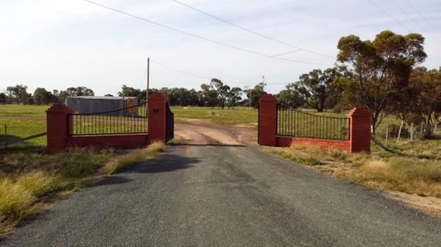 Bunnaloo gates